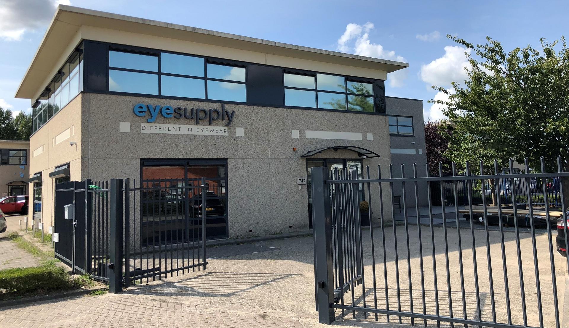 EyeSupplySlider – Slide 1